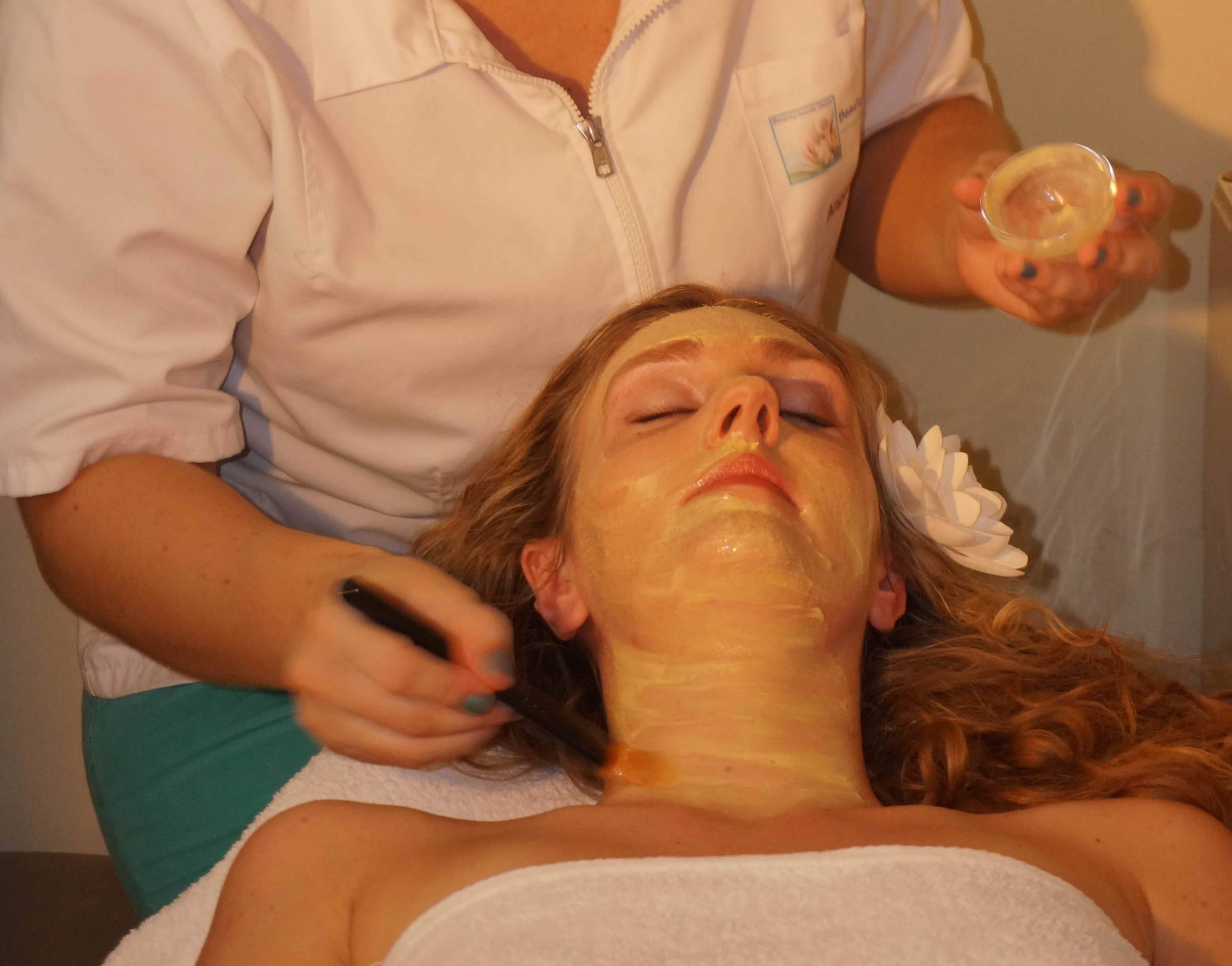 facials beauty inside outs spa bonaire wellness