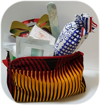 cosmetics bag gift bag beauty inside outs spa bonaire